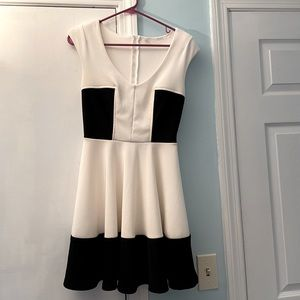 Guess Black & White Colorblock Dress